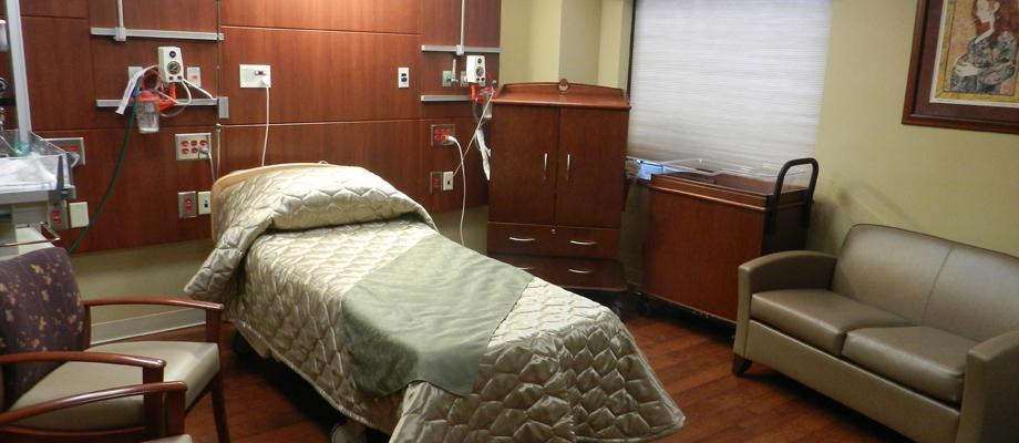 mount-st-marys-hospital-center-for-women-birthing-room.jpg